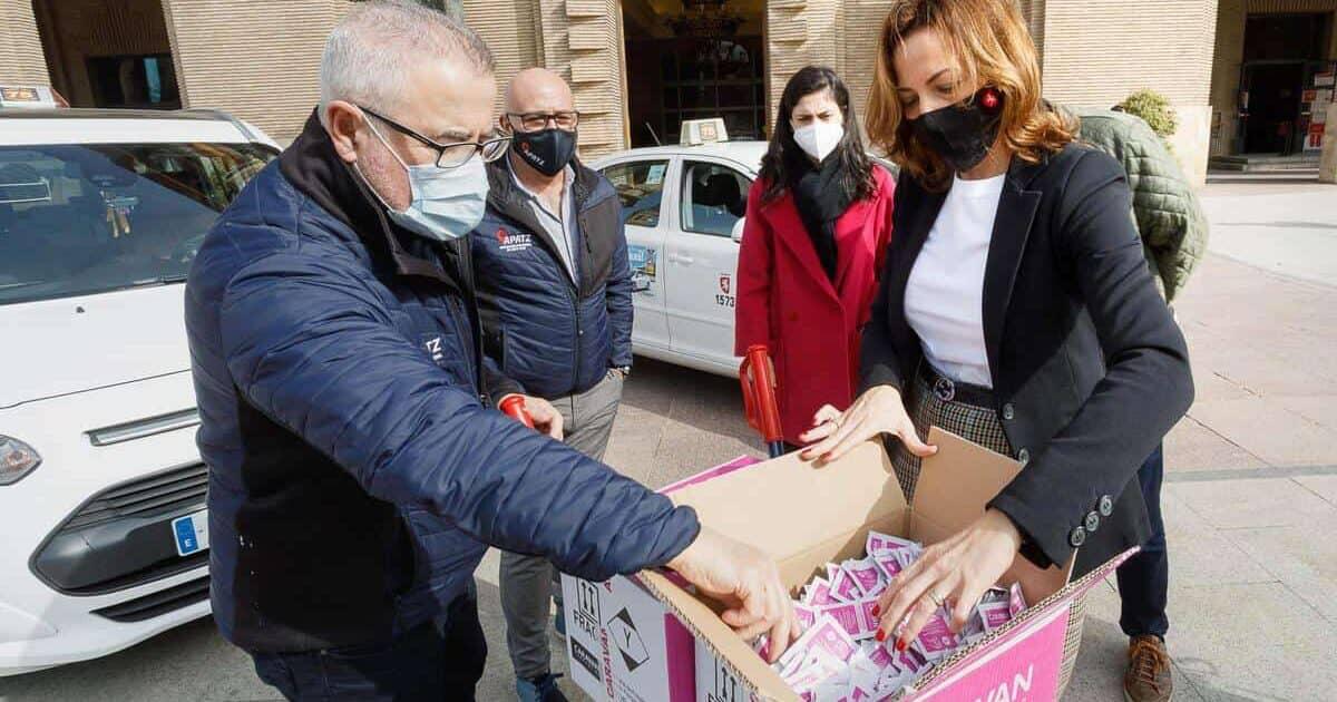 Taxi Zaragoza ofrece monodosis de hidrogel para los usuarios